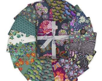 Love Always by Anna Maria 16 Fat Quarter Bundle for Free Spirit Fabric- 16 Fabrics Total, FB4FQAM.ALWAYS