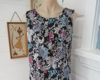 Black Shift Dress swirly Vintage Paisley print Fabric Pleat front Roomy Comfortable Bust 102cm size 14