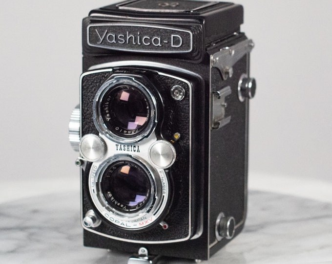 Featured listing image: Vintage Yashica-D Twin Lens Reflex Camera