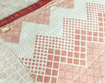 Lightweight Blanket Esmond Camp Blanket Chevron Geometric Pattern in Coral and Cream Vintage Blankets