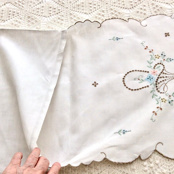 Victorian White Lingerie Bag Antique French Cotton Embroidered Handmade Floral Nightgown Pajama Bag Wedding Negligee Bag #sophieladydeparis