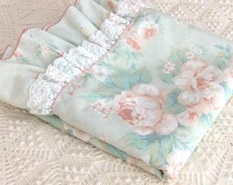 Full Flat Sheet Peach and Mint Green Flowers Ruffle Lace J P Stevens
