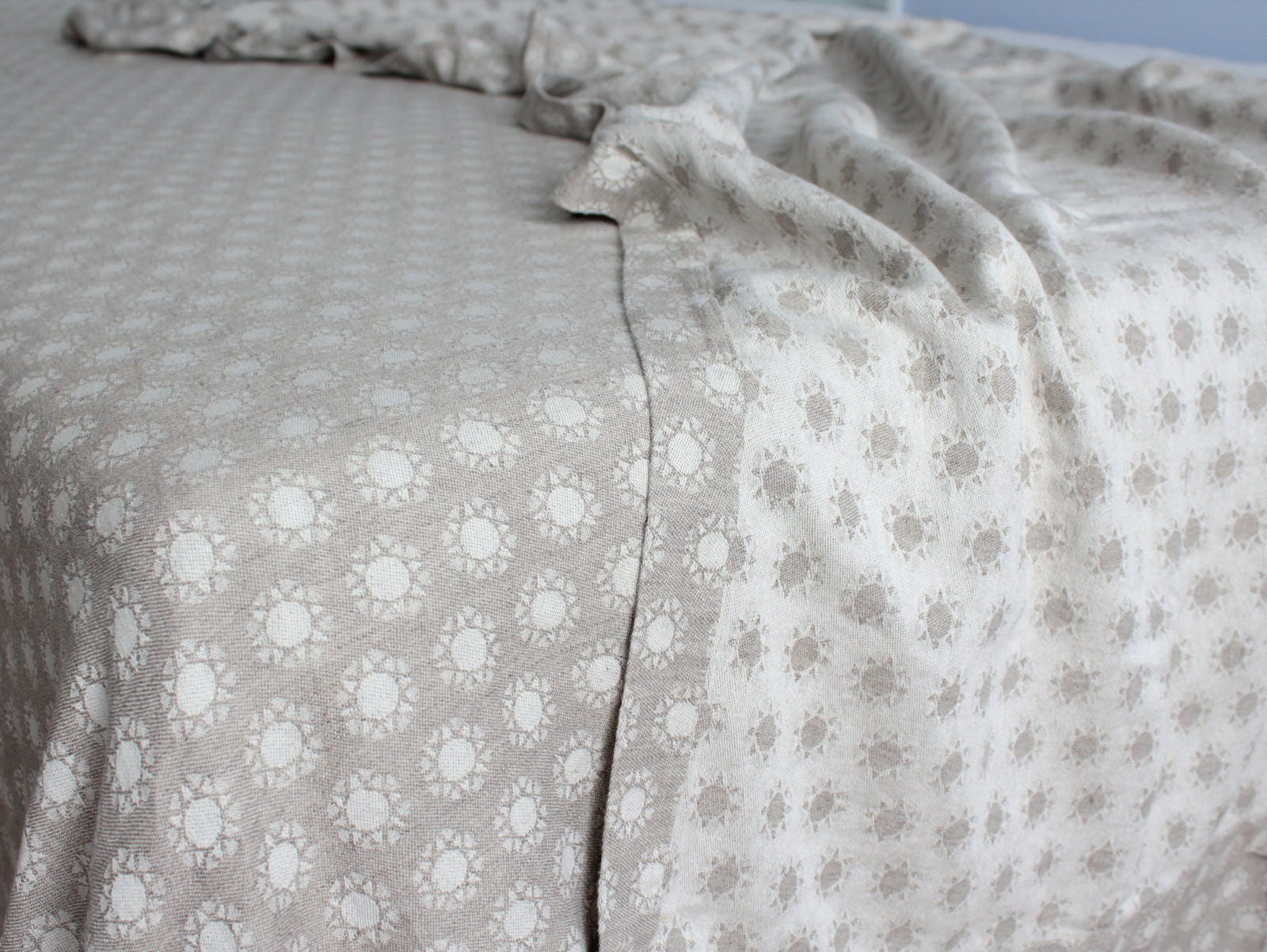 "Gray Linen Bedspread 91""x98"" Bed Cover Cover Covercoveret - Queen King Size Linen wt Cotton Blanket - Textured Linen Bedding - Natural Organic Bedroom"
