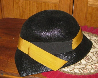 1940 s Hat Lilly Dache Hat Black Medium Size Trully Vintage On SaLe Now cf65f8ea2101