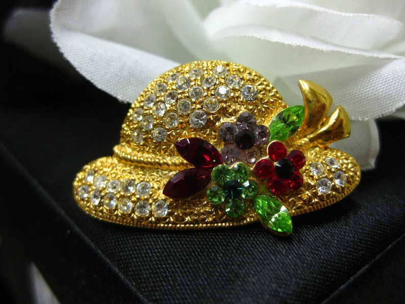 OTC Brooch High Quality Swarovsky Crystals Hat Pin on 18k gold Plating over sterling Collectible Brooch