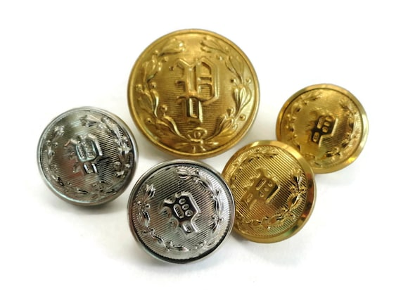 8 Monogram P Vintage Metal Buttons Gold Police Uniform Buttons for Button  Jewelry Beads Sewing Buttons Knitting