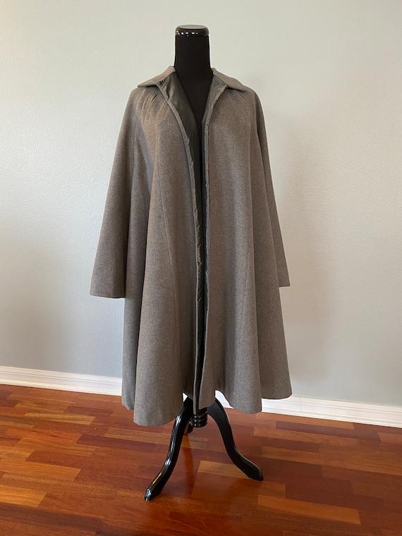 1950s Gray Wool Swing Coat Taffeta Lining
