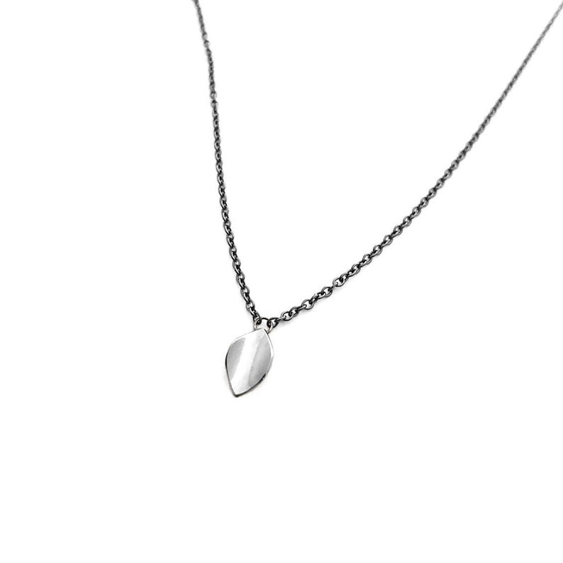 Silver Leaf mdpetite sterling silver necklace image 0