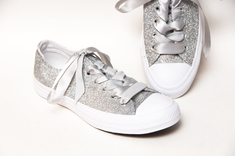 Silver All White Converse® Sneakers Low Top Q5LlW7gC