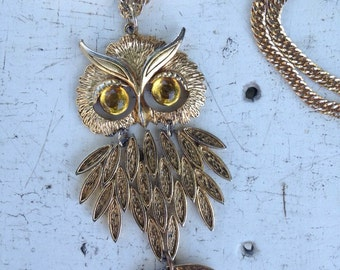 Whoooo's there Funky Vintage Owl Necklace