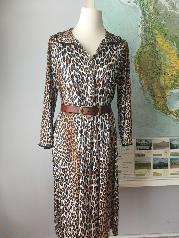 Vintage Vanity Fair Leopard House Coat