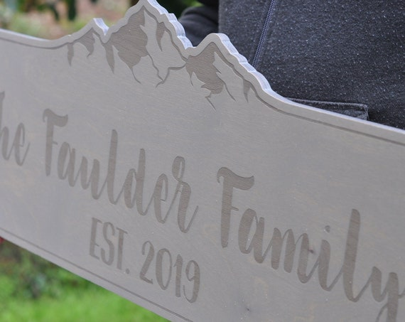 Engraved Family Name Sign - Established Sign - Mountain Decor - Cabin - Family Gift - Wooden Sign -  Rustic Wood Home Decor, Wedding Gift