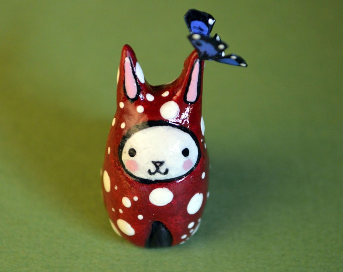 NEW! Mushroom Bibbit with Butterfly