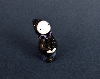 Star Gazing Poppet 2020 - Lisa Snellings
