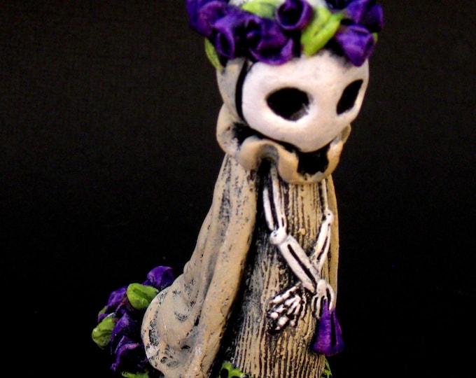 La Catrina Annie Maude in Deep Violet