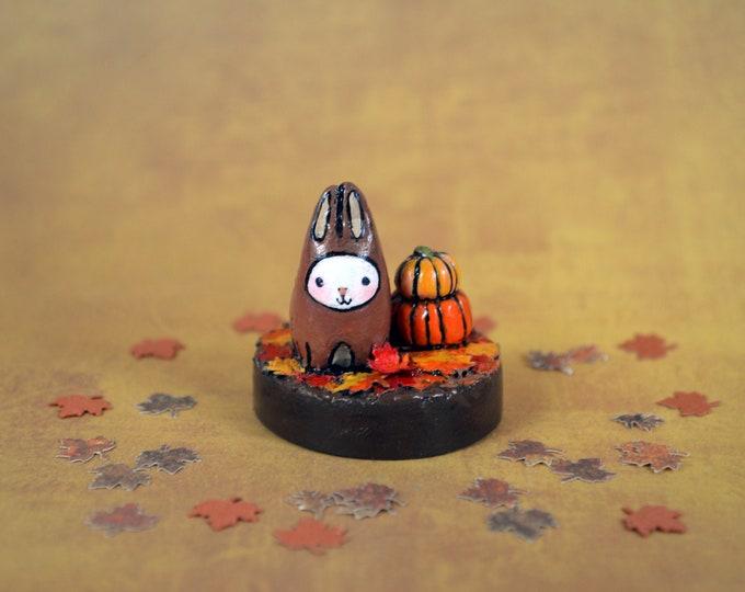 Bibbit Loves Fall