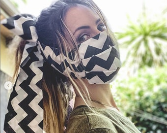 Laura Bow Face Mask