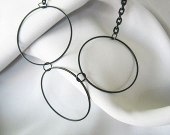 Linked Circle Necklace, Black Rings, Chain Metal, Lightweight, Handmade, Large Rings