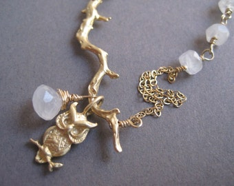 Owl in the Moonlight Necklace - Moonstone - Nature - Rainbow Moonstone - Asymmetrical Design - Gold