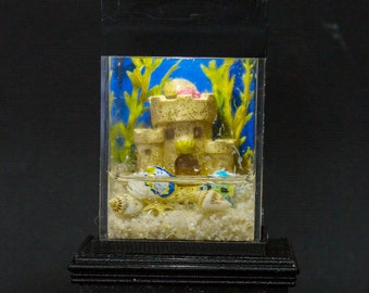 Dollhouse Miniature Tropical Fish with Sand Castle Tank Aquarium with Electric Mini Plug In Lighted Hood Hand Made OOAK NO STAND