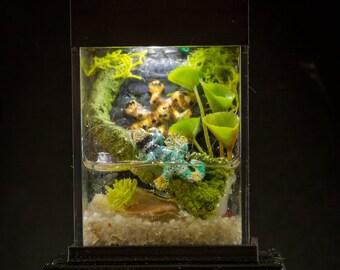 Dollhouse Miniature Reptile Terrarium Green Lizard Fish Tank Aquarium with Electric Mini Plug In Lighted Hood Hand Made OOAK NO STAND