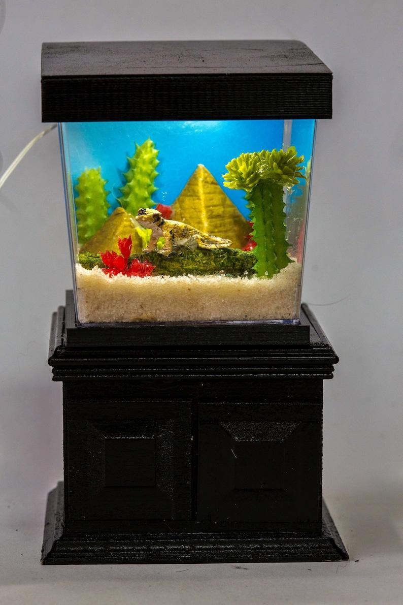 Dollhouse Miniature Bearded Dragon Lizard Tank Aquarium image 0