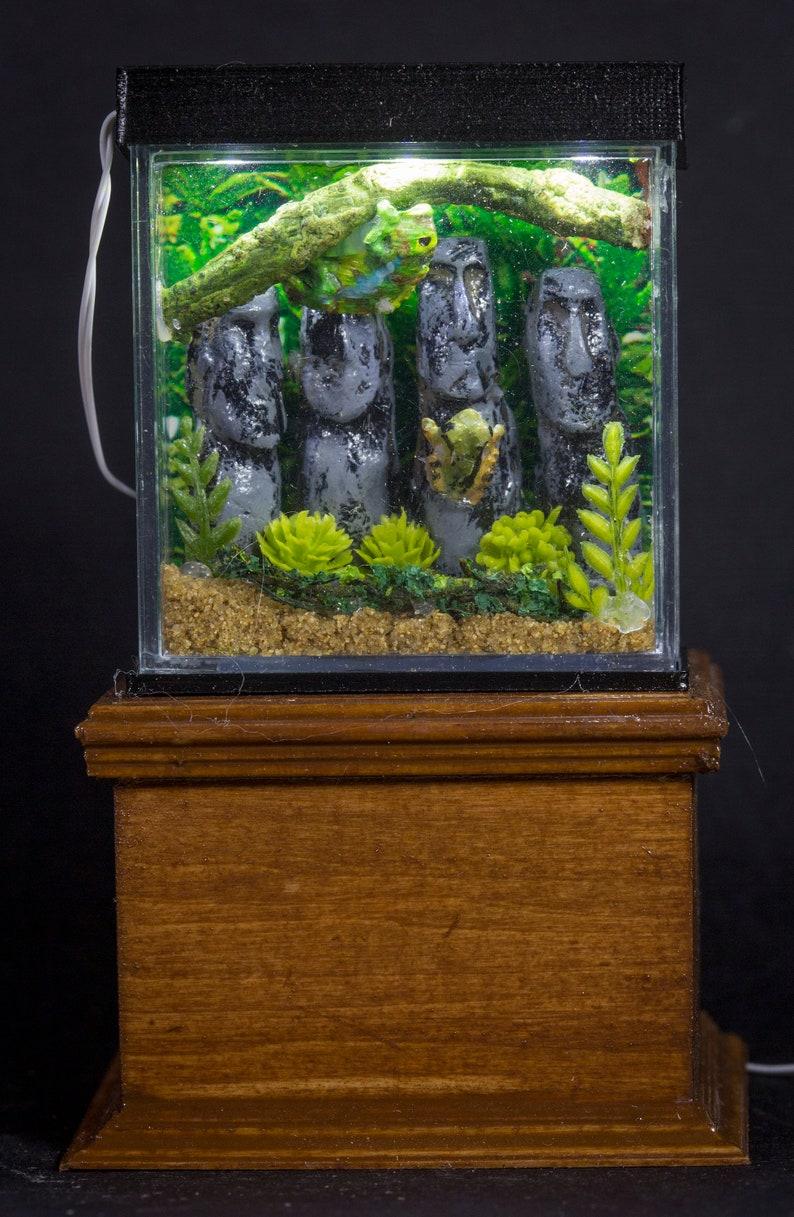 Dollhouse Miniature Reptile Terrarium Chameleon Frogs Tank image 0