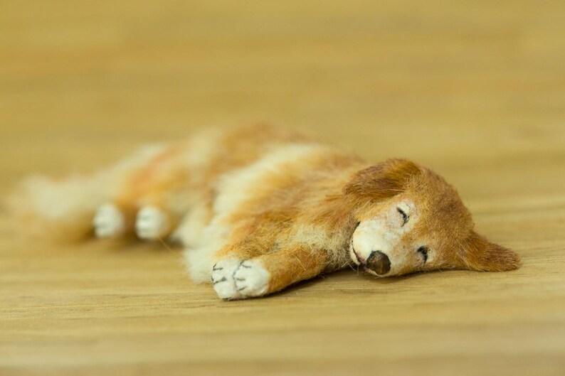 Dollhouse Miniature Golden Retriever Sleeping Artist Sculpted image 0