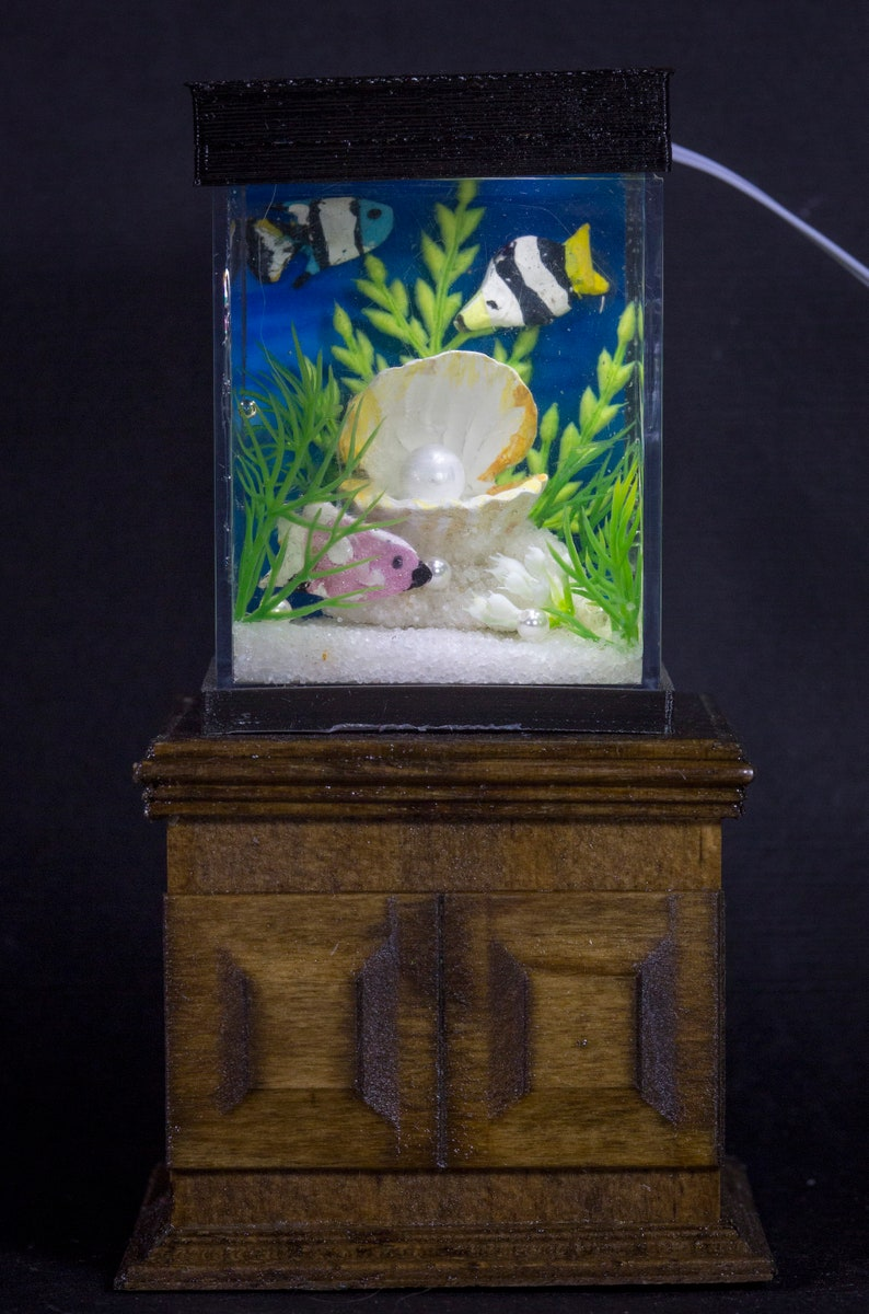 Dollhouse Miniature Tropical Fish with Pearl Tank Aquarium image 0