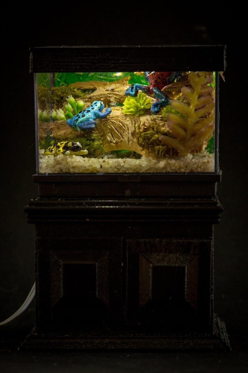 Dollhouse Miniature Reptile Terrarium Frog Lizard Tank image 0