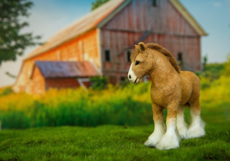 Dollhouse Miniature Tan and White Clydesdale Baby Foal Horse image 0