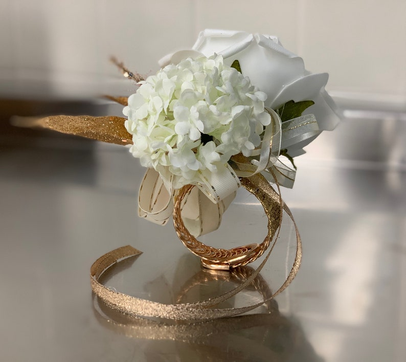 Corsage wedding prom wrist flowers image 0