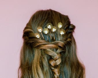 Modern Feminine Hair Comb with Pearl & Crystal Accents