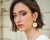 Claudia ceramic earrings in gold and ivory