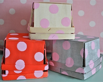 berry tills-berry buckets-strawberry containers-polka dot berry tills-berry containers