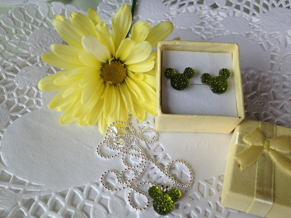 Minnie MOUSE EARS Necklace and Earrings Set-Disney Wedding Party-Lime Green Acrylic