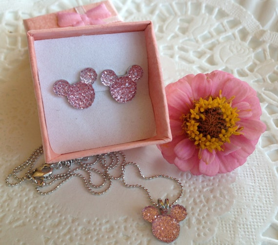 Minnie MOUSE Necklace and Earrings Set-Disney Wedding Party-Baby Pink Acrylic