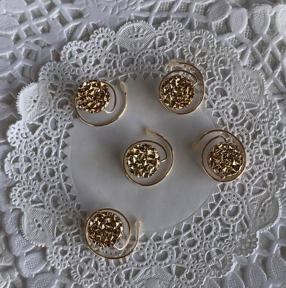 Golden Circles Hair Spins-Ballroom Dancers-Bridemaids Hair Swirls-New Years Eve Party Coils