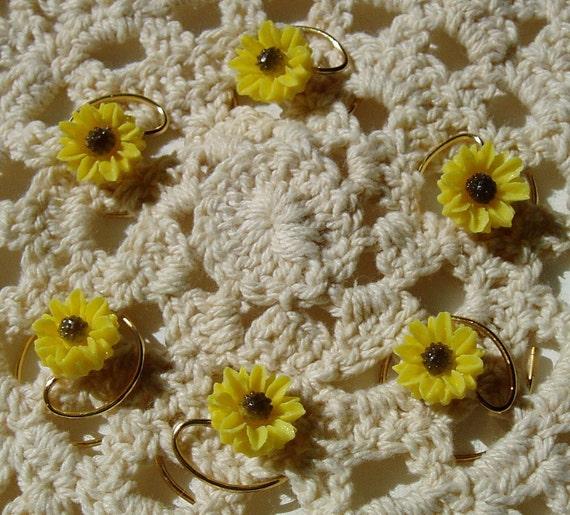 Summer Wedding-Hair Swirls-Yellow Daisy Coils Spins Spirals Twists