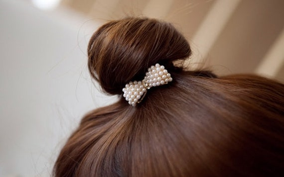 Disney Wedding Bridesmaids-Golden Pearl Comb-Mouse Head Silhouette-Flower Girl-Bride