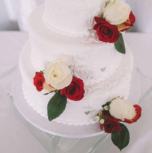 Amazing Hidden Mickey Cake Picks Disney Wedding Cake Wedding Funny Birthday Cards Online Inifodamsfinfo