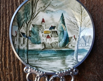 Dream Town - Vintage English Saucer Wind Chime