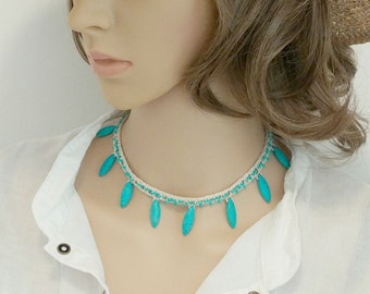 Crochet Choker in Ecru with Turquoise Beads, Beaded Choker, Crochet Necklace, Faux Turquoise, Adjustable Button Closure, Off White Choker