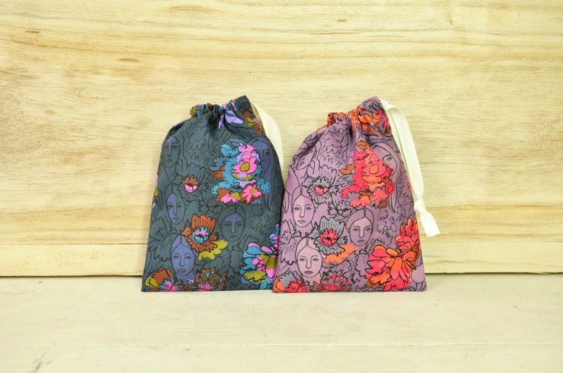 Drawstring Pouch  Reusable Gift Bag  Ladies Faces  5 image 0