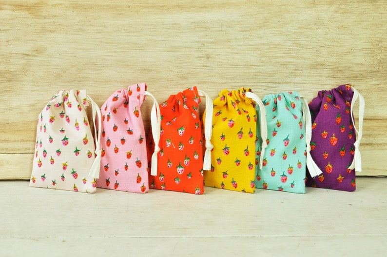 Mini Drawstring Pouch  Reusable Gift Bag  Jewelry Pouch  image 0