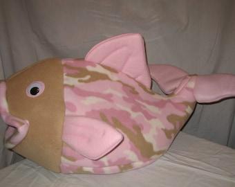Pink Camo Flounder Pet Bed. Pink Camo