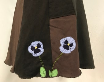 T-Skirt | upcycled, recycled, appliqué brown t-shirt skirt with pansies + pocket