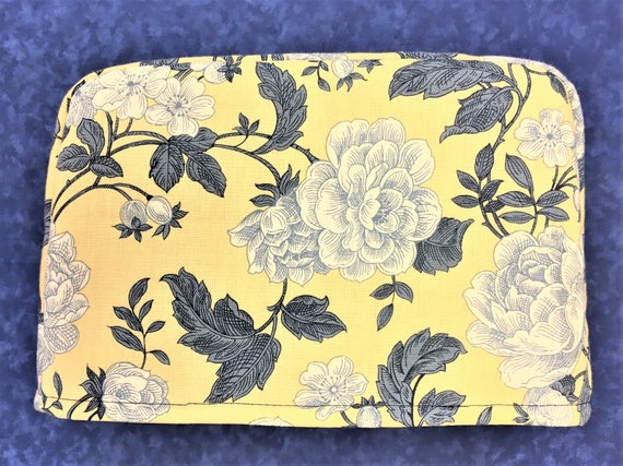 x 7.5 l w h Sunflowers and Daisies on Red Reversible 2 Slice Toaster Cover 11.5 x 5.5