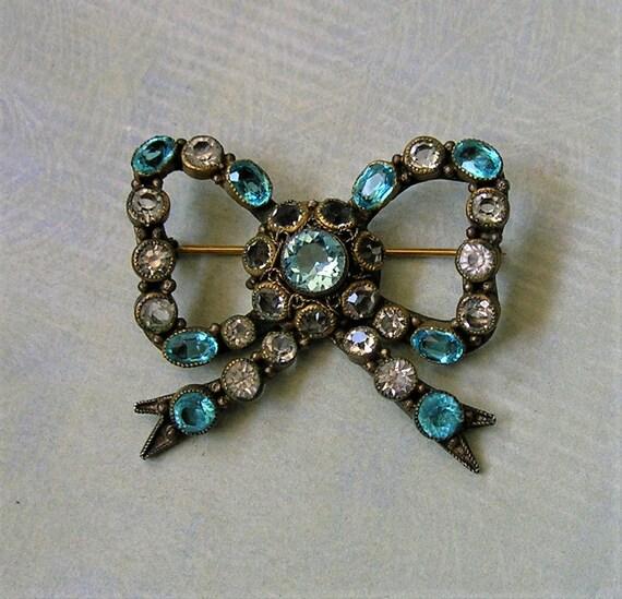 Vintage Hobe Bow Pin, Hobe Glass Pin, Hobe Brooch