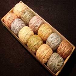 Muddy Monet - taille 5, taille coton 8 et 12 - coton taille perle Valdani, par J. Paton 8ab319